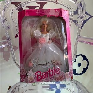 Romantic bride Barbie 1992